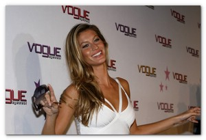 """Gisele Bundchen Launches Vogue """"Eyewear Play Everyday"""" Campaign at"""